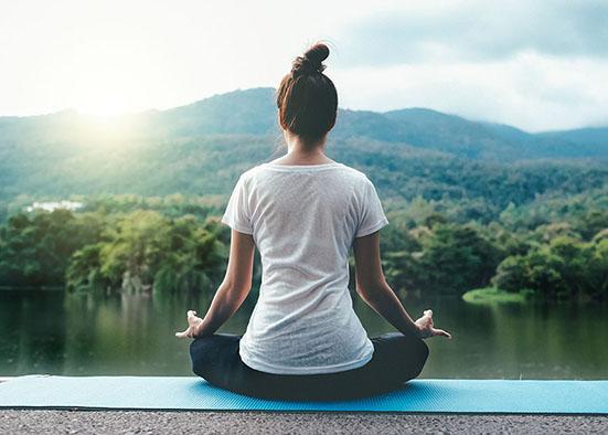 فایده های یوگا برای خانم ها